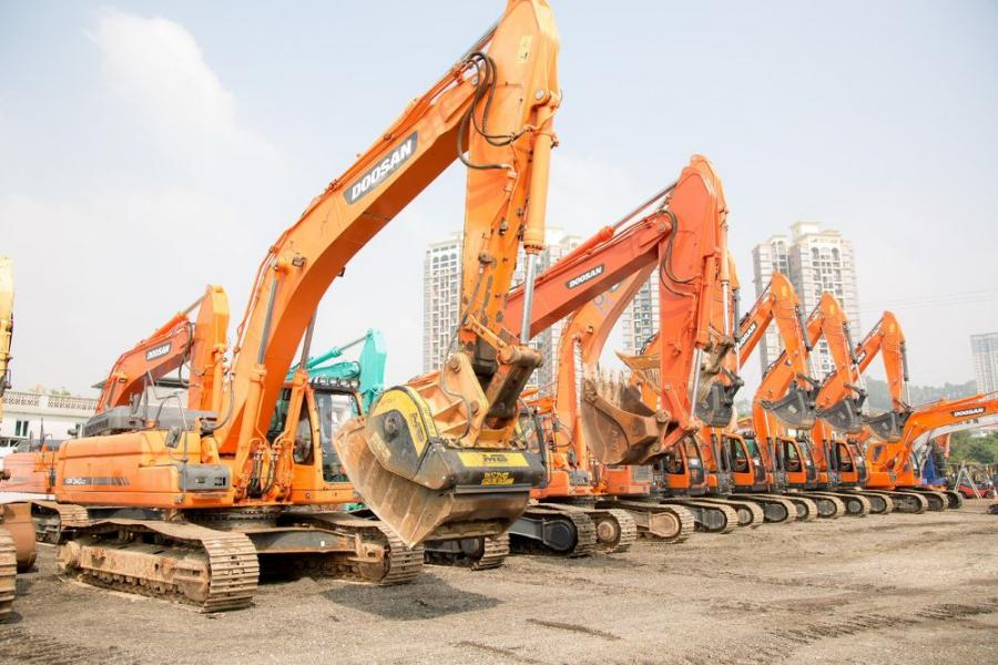 Used construction equipment and machinery from major brands including Liebherr, Kato, Komatsu, CAT, Doosan, Hitachi and Volvo have already been consigned to this first Hong Kong Timed Auction.