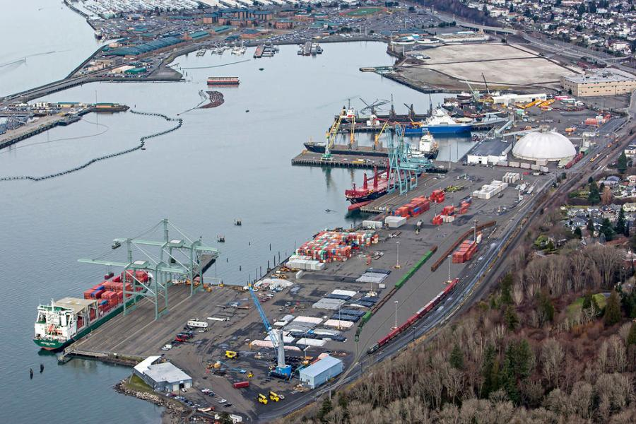 The $36 million South Terminal Modernization Project (Phase II) strengthens the remaining 560-ft. of the 700-ft. South Terminal dock structure (140-ft. was strengthened as part of Phase I in 2015), and makes electrical upgrades at the wharf.
