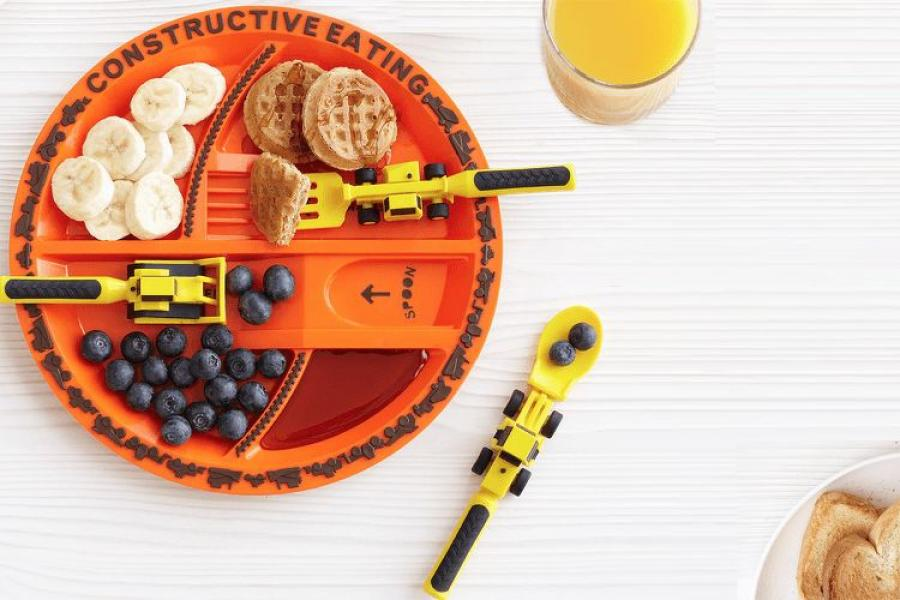 The little construction worker in your life will love excavating their favorite meals with this specially-designed construction plate and utensil set. & Wow Everyone on Your List With Construction-Inspired Holiday Gifts ...