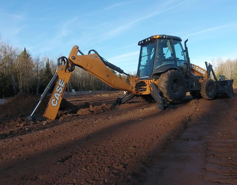 Case N Series backhoe loaders now feature an all-new pilot control hydraulic system for optimal precision and smoothness, offering the operator more control in critical applications. Improvements also have been made to the hydraulic system in order to reduce cab noise for greater operator comfort.