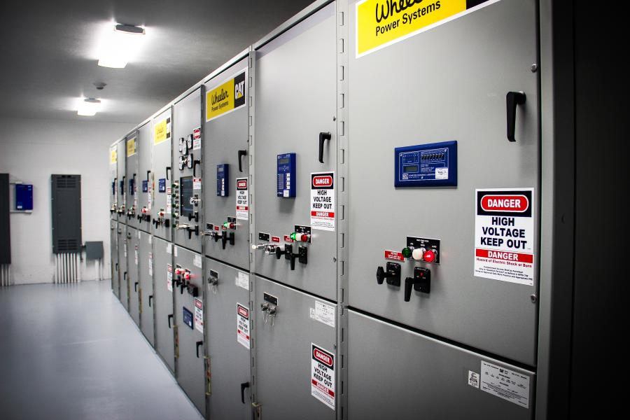 Cat 15 kV generator and utility paralleling switchgear