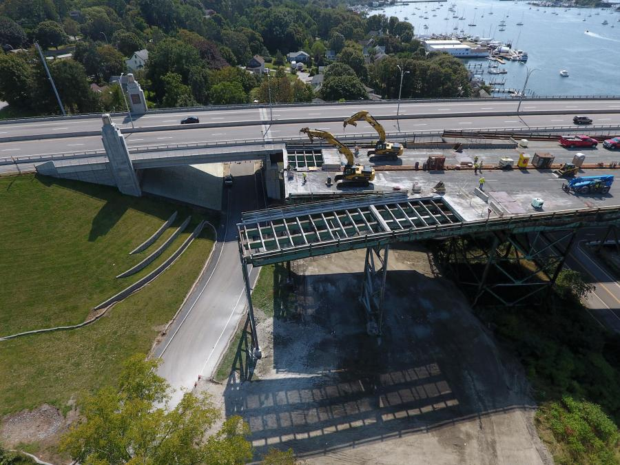 The Rhode Island Department of Transportation (RIDOT) is removing more than six million lbs. of steel and 2,700 cu. yds. of concrete across 17 spans between the Sakonnet River Bridge's piers, for a total of 2,178 ft.