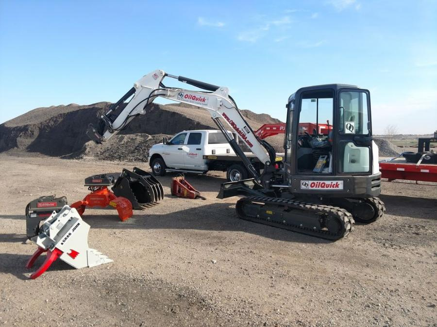 This excavator is used to highlight the various attachments at the OilQuick Open Day Demonstration.