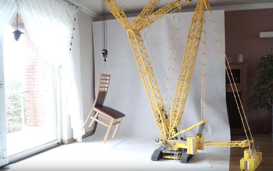 David Szmandra's Lego crane creation – a 1:24-scale Liebherr LR11000 – reaches more than 24 ft. tall when the boom is fully raised, Sploid reported.