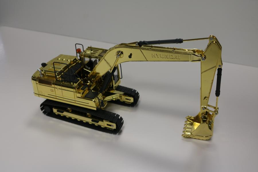 Throughout the show, Hyundai staff will scan attendees' badges at the company's exhibit – Central Hall C7213 – for a chance to win the exclusive, collector's-edition excavator model.