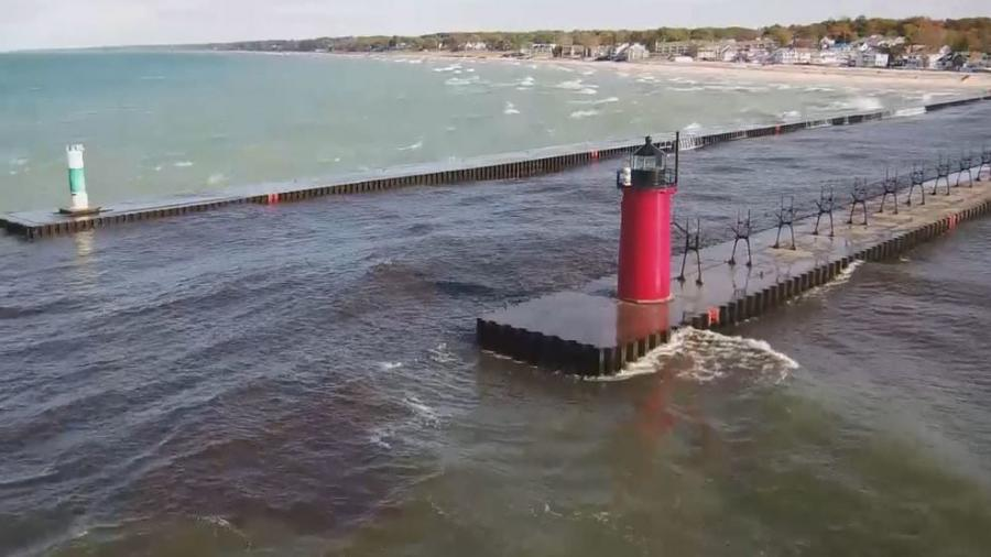 Lake Michigan and Lake Huron water levels are nearly 2 ft. higher than the long-term average that's been recorded for the lakes over the past century.