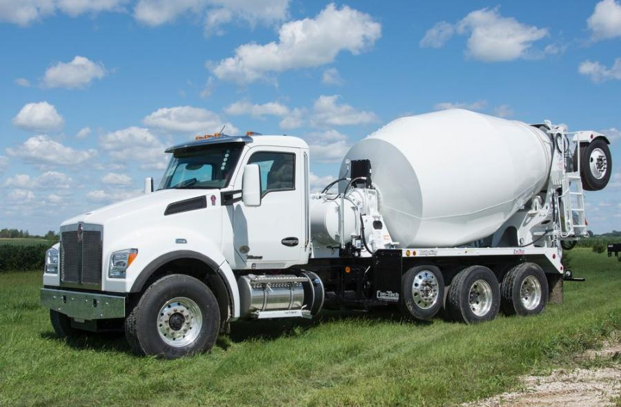 The T880S features a PACCAR MX-11 engine rated at 430-hp and 1,650 lb-ft of torque and a BridgeKing 11-cu. yd. mixer with a high-performance drum provided by Con-Tech Manufacturing.