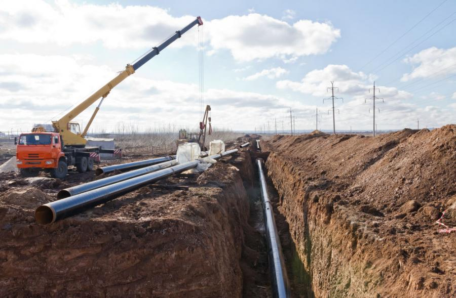 Enbridge Energy is preparing to replace a pipeline that runs underneath a river in eastern Michigan.