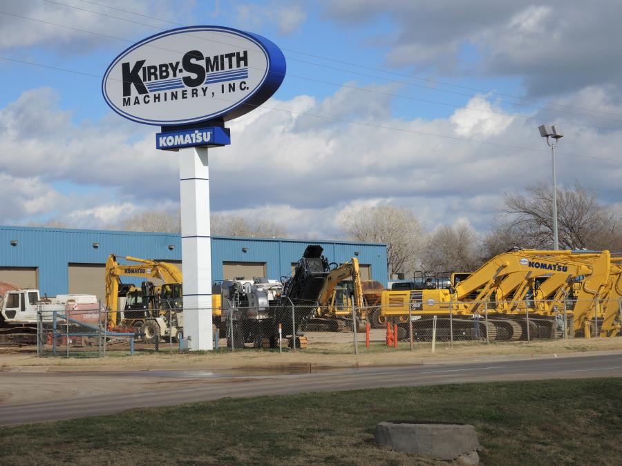 Kirby-Smith Machinery, Inc. was established in 1983 and is recognized as one of the premiere new and used heavy construction equipment and crane dealers in the country.