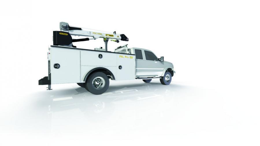 Accommodating service cranes up to 20,000 ft. lbs. of lifting capacity, the reinforced PAL Pro 20 mechanics body is designed to maximize field performance in both on and off-road applications.