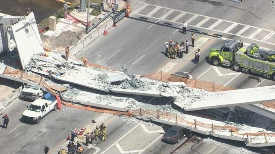 Hurricane-proof pedestrian bridge collapses, several dead
