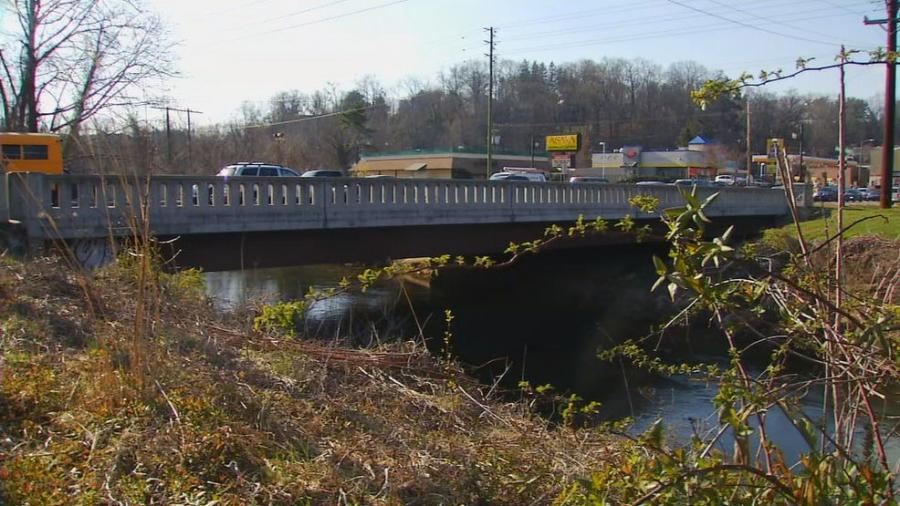 Steve Abbott, assistant director of communications at the North Carolina Department of Transportation, said that the ABC methods used for bridges like Asheville's Biltmore Avenue Bridge are different from those used in the FIU bridge.