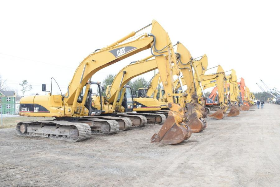 A good selection of excavators went on the block during the Ritchie sale in North East, Md.