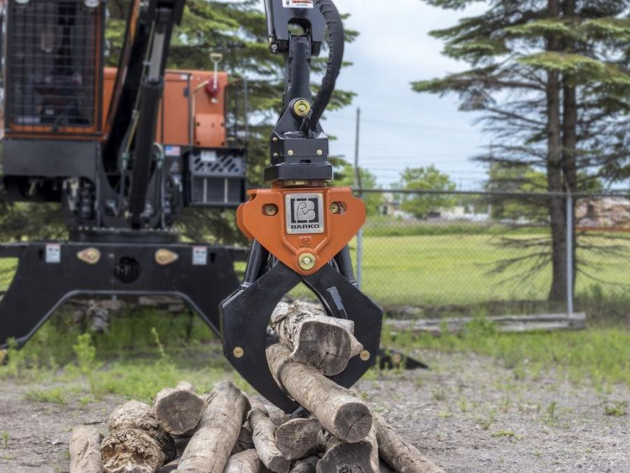 The strong-arm grapple lineup consists of three models. The 4250, 4850 and 5250 grapples have maximum openings of 42.0, 48.1 and 52.1 in. (106, 122 and 132 cm), respectively, with each rated for up to 50,000 lb. (22,680 kg) of lift capacity.
