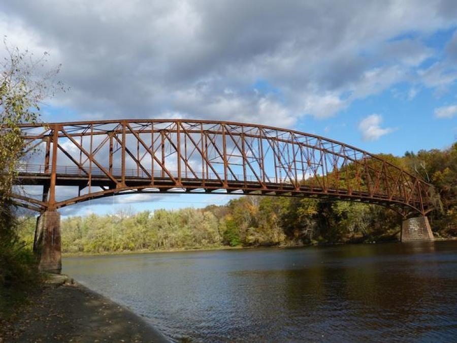 Schell Memorial Bridge (Nathan Holth, historicbridges.org photo)