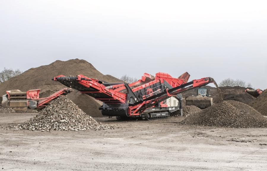 With a large choice of screen media and a wide range of adjustable throws and speeds available, this enables the Sandvik QE441 Free Flow to be configured to suit the specific requirements of the application.