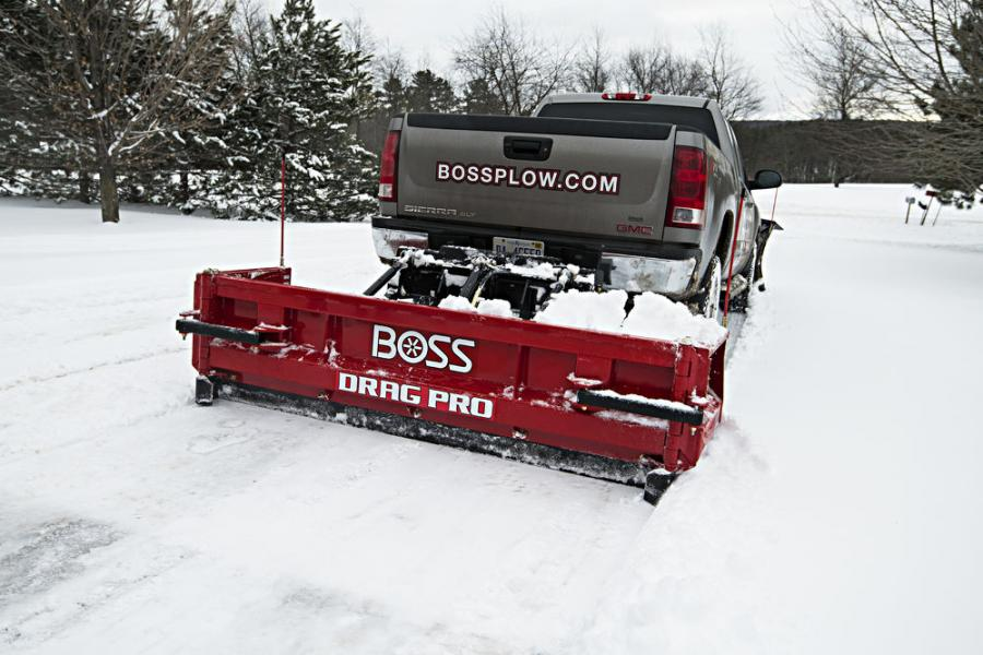 Designed to clear snow using the back of the truck, the Drag Pro reduces the number of passes required with plow widths ranging from 8 to 16 ft. (2.4 to 4.8 m).