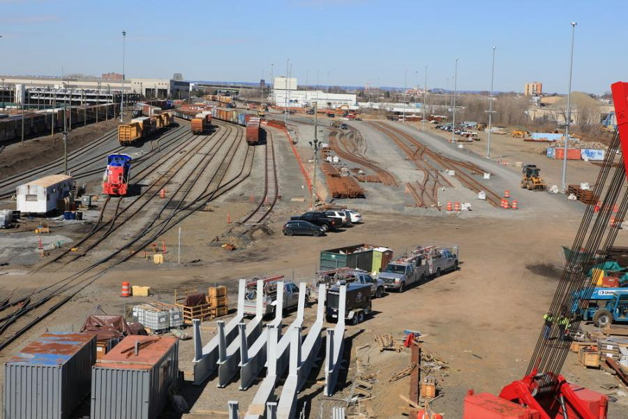The Port Authority of New York/New Jersey and Global Container Terminals (GCT) are one year into the construction of a ship-to-rail port facility.