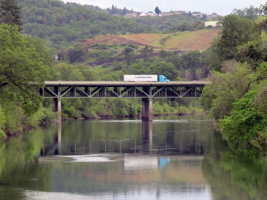 Oregon Department of Transportation photo A truck traveling south on Interstate 5 is seen crossing the South Umpqua River (Vets) Bridge in Roseburg, Ore., on April 27, 2018. The Oregon Department of Transportation will oversee repairs to the bridge from spring 2018 to fall 2019.
