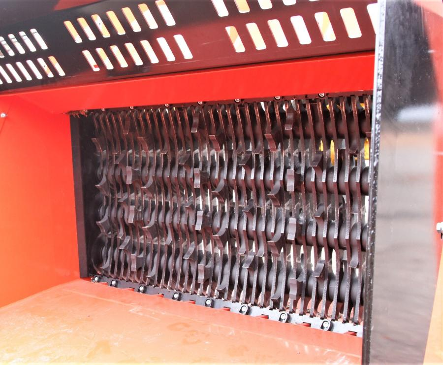 ALLU TS Axe blades for crushing and shredding applications.