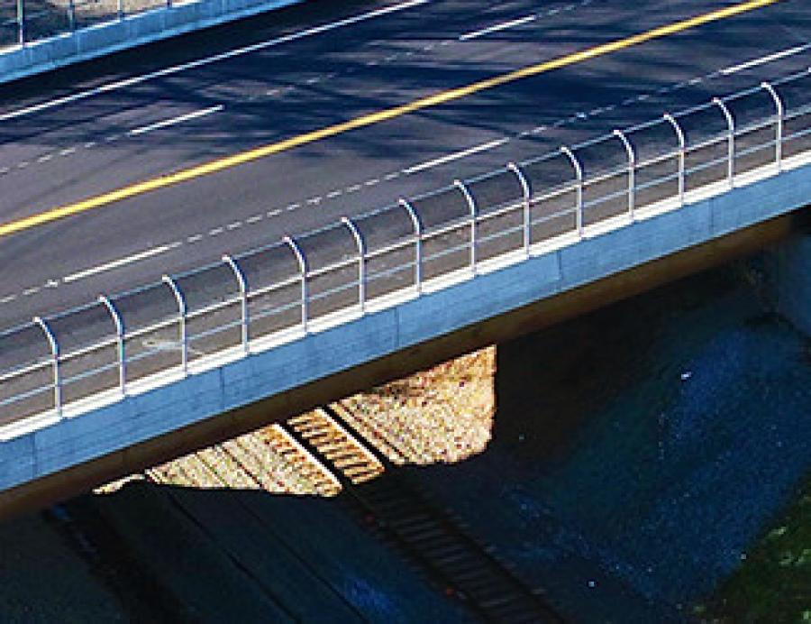 O&G Industries won the Construction ACE Award of Merit and the Transportation ACE Award of Merit for the Rehabilitation of the Route 175 Bridge in Newington, Conn. (O&G Industries Inc. photo)
