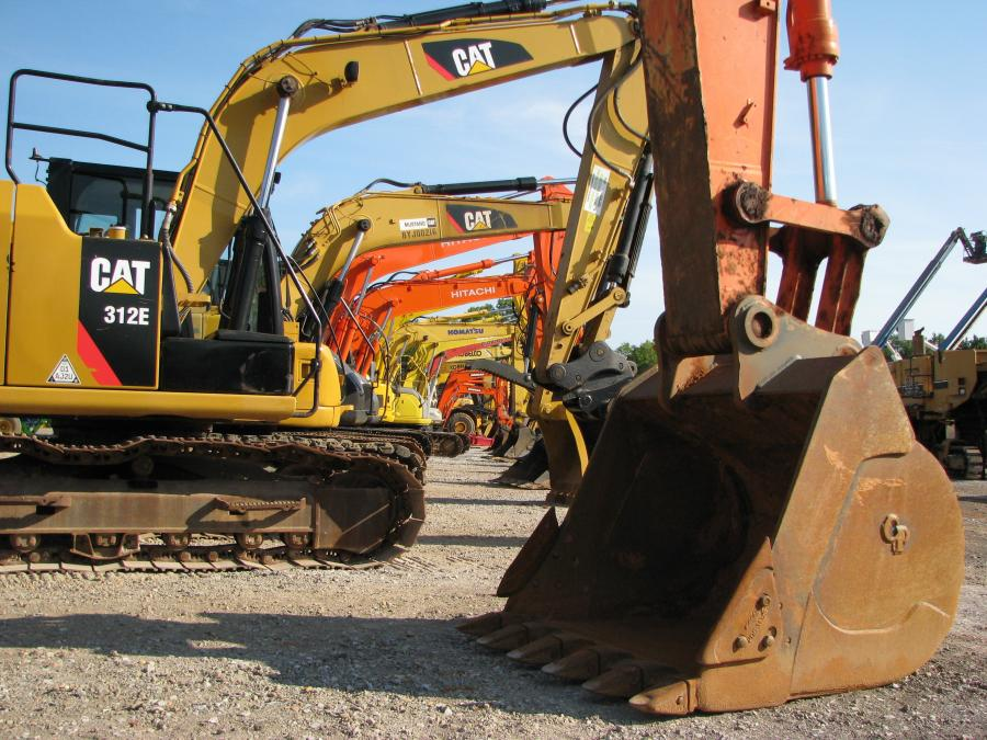 This lineup of Cat, Komatsu, Hitachi, Kobelco and Doosan excavators was available at the sale.