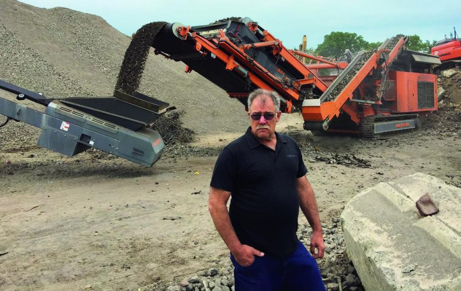 Don Cotora in front of an  Rockster R1000S impact crusher.