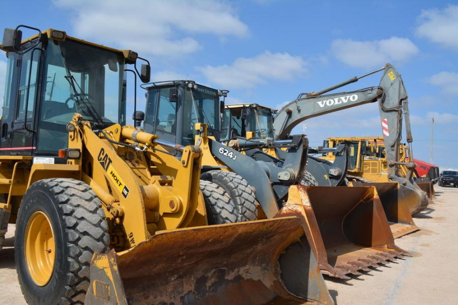 Cat, John Deere and Volvo equipment were all available to the construction and oilfield buyers.