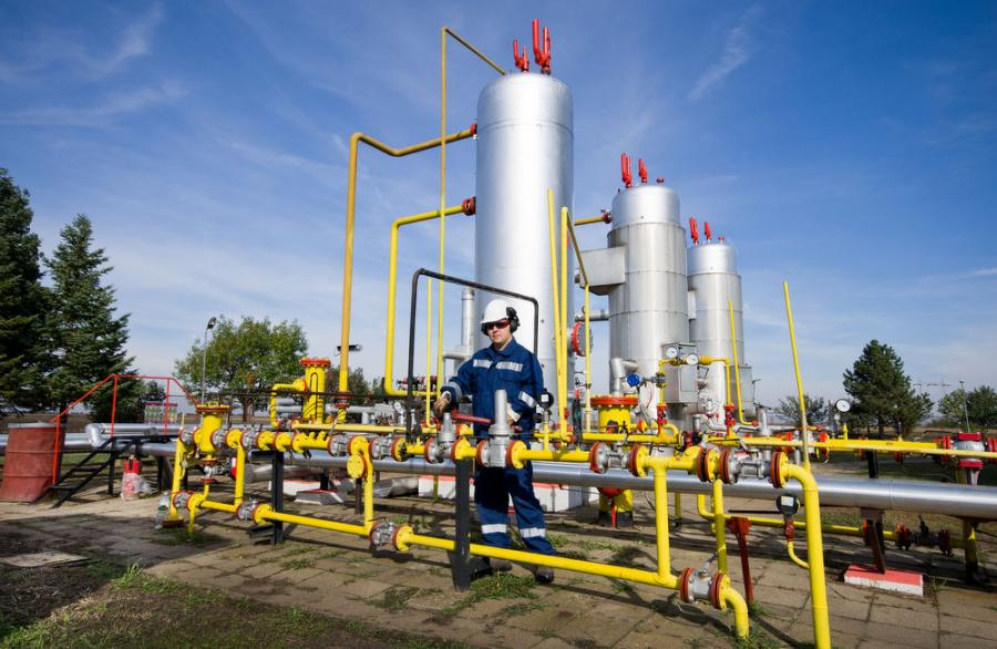 The new tougher air pollution standards for the natural gas industry will take effect in August.