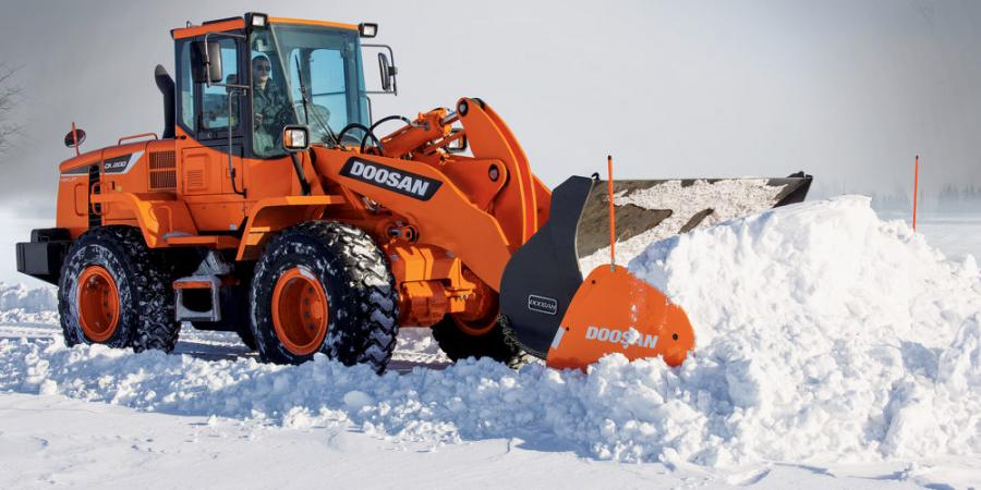 The 12-ft. (3.6 m) wide attachment weighs 2,200 lbs. (998 kg) and the 14-ft. (4.2 m) wide version weighs 2,400 lbs. (1,088 kg), offering snow removal contractors and municipalities an alternative to buckets and traditional plowing when cleaning parking lots and roadways.
