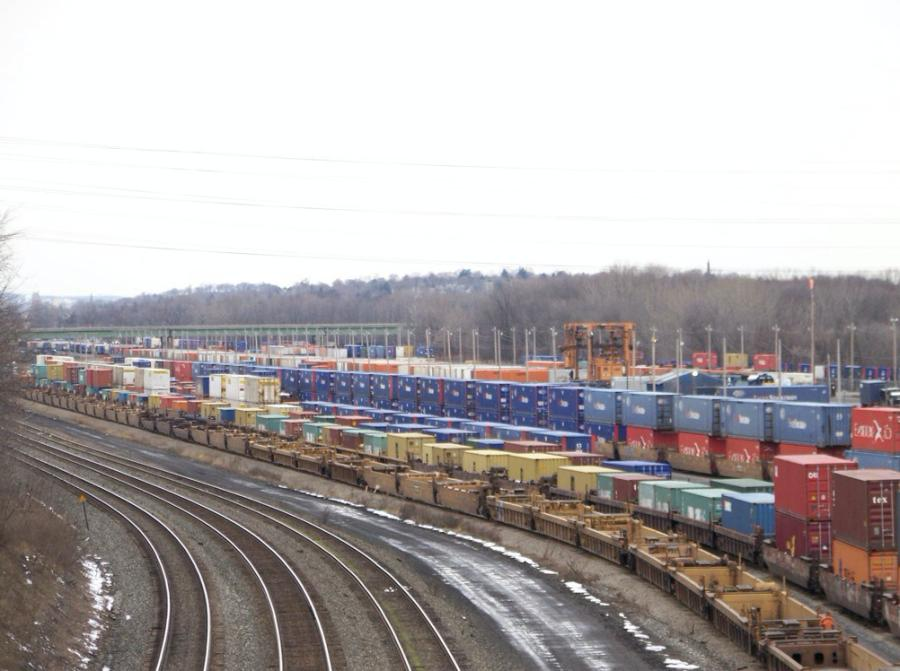 New York state will also help CSX realign and update its current rail yard at DeWitt to allow it to better deal with stacked, non-wheeled international shipping containers.