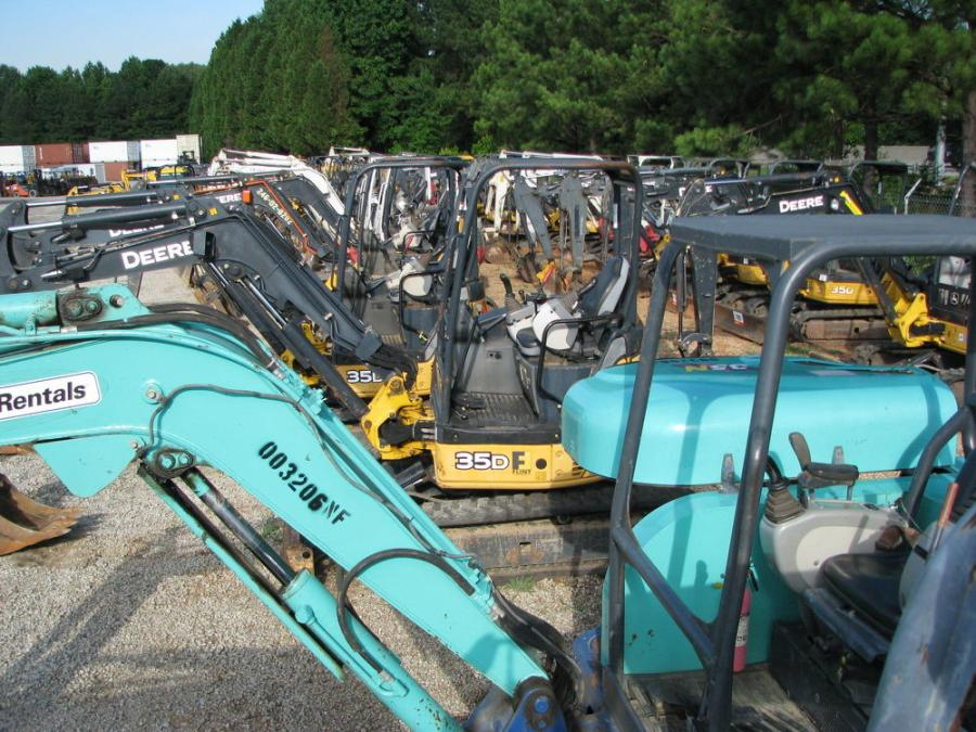 More than 100 mini-excavators were available in this sale.