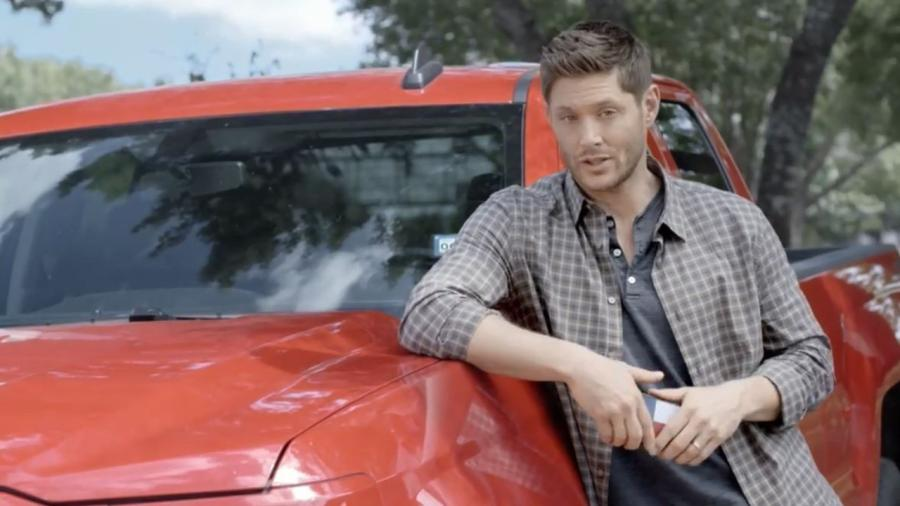 "The Texas native is featured in a PSA for TxDOT's ""Heads Up, Texas"" campaign."