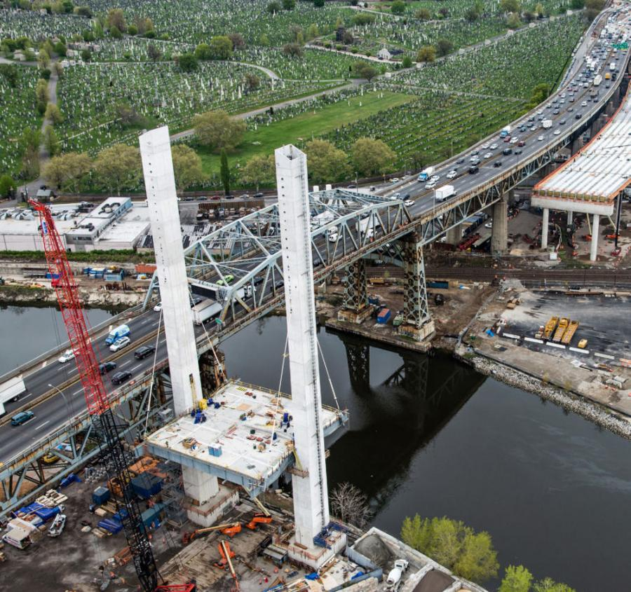 STV, a transportation engineering and construction management firm, has been contracted by the NYSDOT to perform construction quality assurance services as part of the $554 million design-build replacement of the 1.1-mi., 76-year-old high-level truss Kosciuszko Bridge.