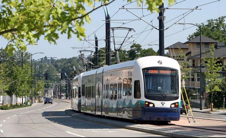 Sound Transit is expecting to award major construction contracts to extend the light rail to northern suburban cities.