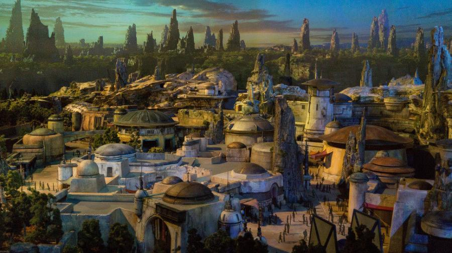 Construction on Star Wars: Galaxy's Edge has been ongoing at Disneyland.