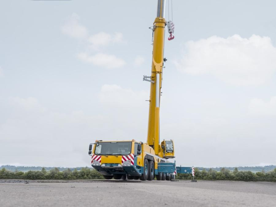Arrendo will be the first company in Mexico to acquire a Demag AC 300-6, a 350 ton (300 t) capacity class, 6-axle all terrain crane.
