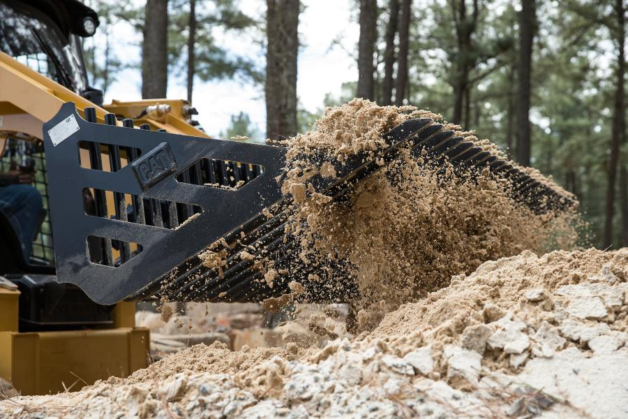 Used primarily to separate rocks and large debris from soil and sand, Cat skeleton buckets feature heavy duty construction and find application in a number of industries, including agriculture, construction, land clearing, demolition, landscaping, and scrap handling.