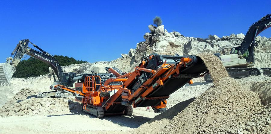 Use of the R1100S in road construction in the Gaziantep region (southern Turkey), when crushing limestone to 0 to 1.4 in. (0 to 35 mm).