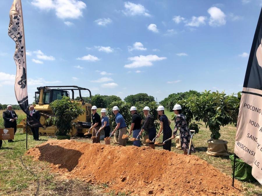 550m Kalahari Resort Takes Shape Construction Equipment Guide