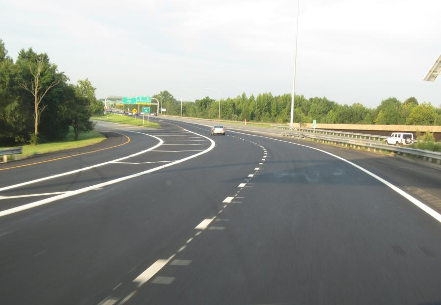 View of the recently completed I-495 southbound lane extension project at the I-95 southbound merge.