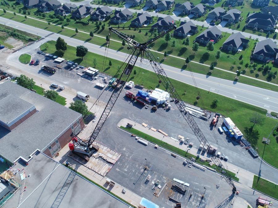C.D. Smith has seen a period of growth in the last 18 months following a package order that includes several Link-Belt 110-ton (100-t) 218 HSL lattice crawler cranes, a 250-ton (227-t) 298 Series 2 with full luffing attachment, and 80-ton (80-t) RTC-8080 Series II.