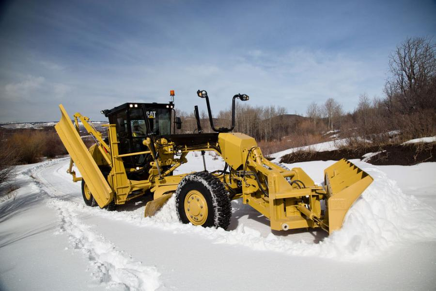 Cat 140 Motor Grader Features All-Wheel-Drive, Grade Control Choices