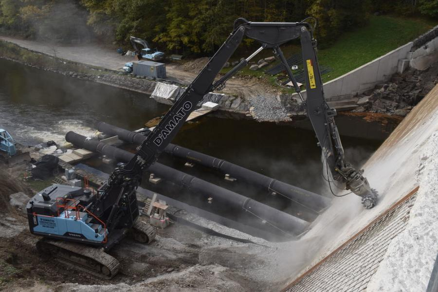 The Volvo demo front is equipped with a plumbed water system that is controlled back at the cab and releases water at the face of the RockWheel, effectively knocking down the concrete dust.