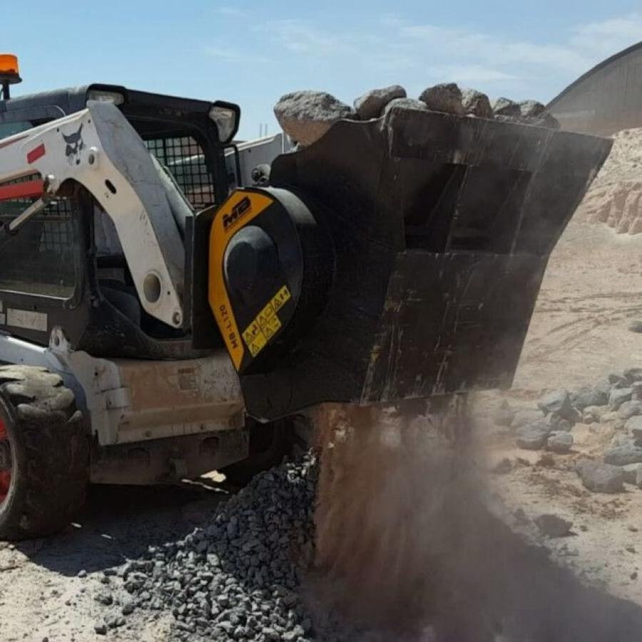 The MB-L120 is designed for skid loaders, loaders and backhoes.