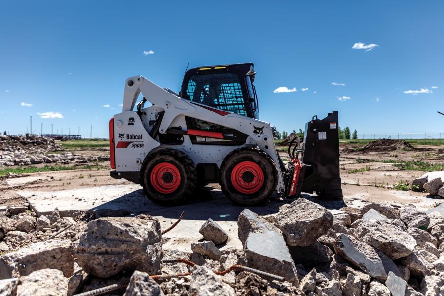 Quickly Change Hydraulic Attachments With Bobcat's Bob-Dock
