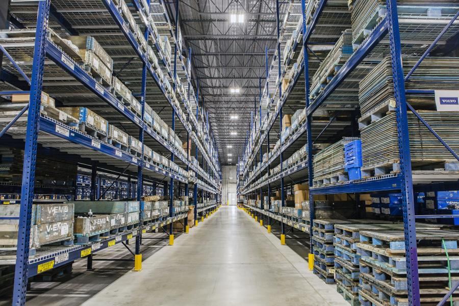 The new distribution center, which is 181,000 sq. ft., replaced a regional parts depot in Toronto.