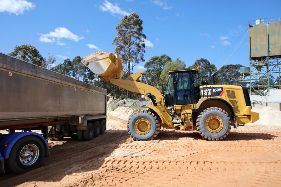 Cat has unveiled the 2019 product update package for its M Series medium wheel loaders (950M – 982M).