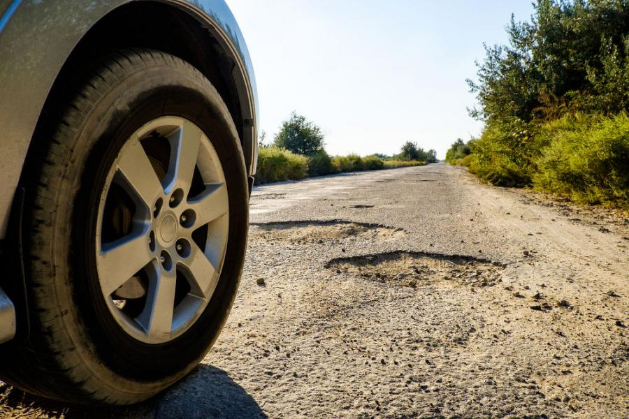 According to the TRIP report, nearly half of major roads in Michigan are in poor or mediocre condition, more than one in 10 bridges are structurally deficient, and drivers lose up to 54 hours per year in traffic congestion.