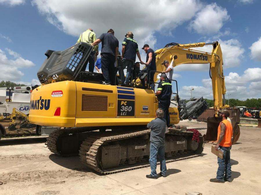 "Linder training program attendees receive comprehensive ""hands on"" training with machines such as a Komatsu PC 360LCi excavator, which is equipped with Intelligent Machine Control technology."